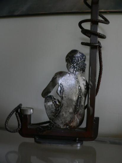 partance sculpture metal